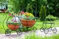 Подставка для цветов карета - фото 34511