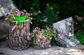 Садовое кашпо для цветов