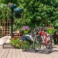 Кованая стоянка для велосипедов