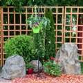 Кованая стойка для растений