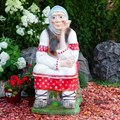 Садовая фигура Бабка