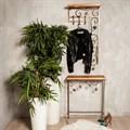 Вешалка для одежды - фото 49933