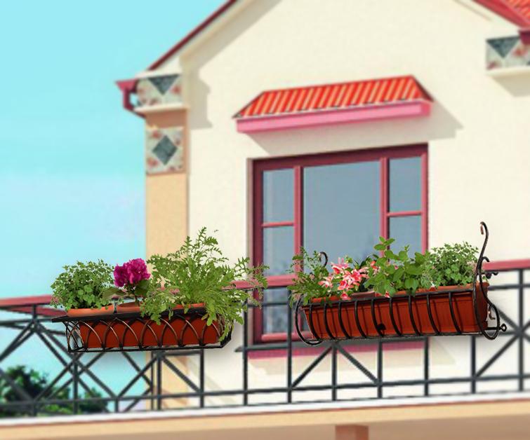 Как на пластиковом балконе закрепить цветочные горшки..